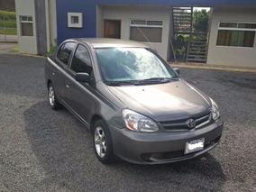 Toyota Yaris 2005 Con Implante De Gas. Super Economico!!