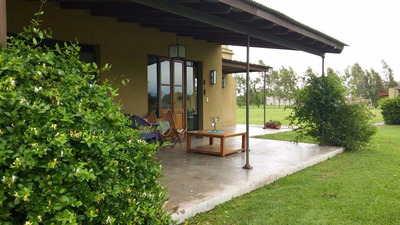 Casa Quinta En Barrio De Chacras Laguna Vitel
