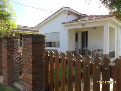 Linda Casa Para Cuatro Personas Tel. 094781869 Olga