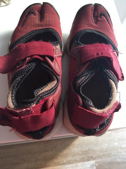 Zapatillas Niña Nike Air Color Bordó