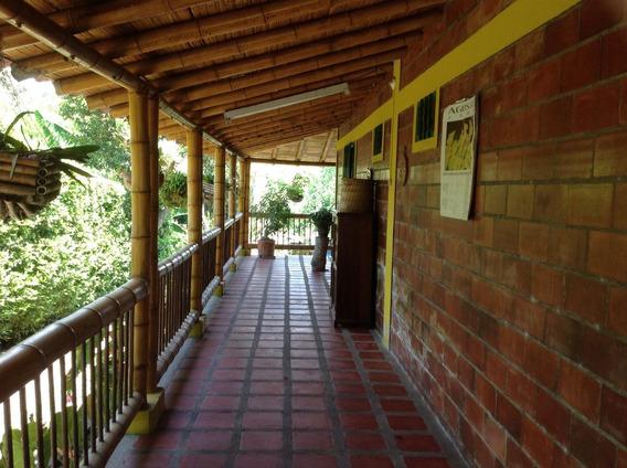 Chalet Via La Tebaida Parque Recreacion