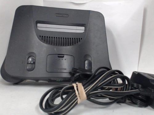 Nintendo 64,  En Excelente Estado,  Un Control Y Dos Juegos