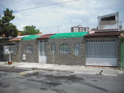 H.a Casa En Venta En Las Quintas