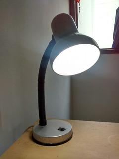 Lámpara De Mesa Casa Bonita.