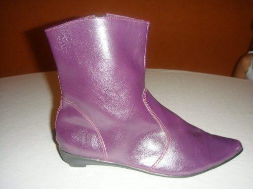 Botas Cortas Nro.36/37 Eco-cuero Color Violeta