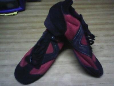 Zapatilla De Danza Y Zapatos De Tango