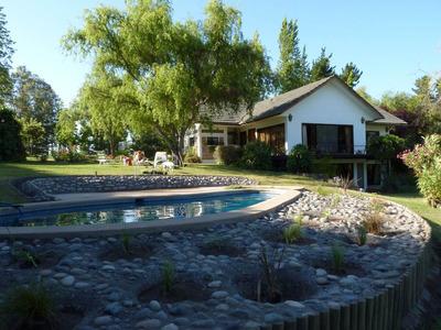 Casa Lago Rapel