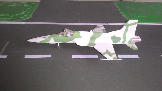Northrop F-5 Tiger 2 - Capota Aberta - Escala 1:100