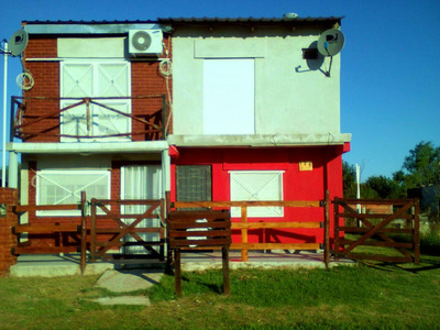 Irazusta 135- Pueblo Gral Belgrano- Gualeguaychu