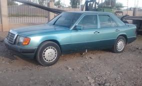 Mercedes Benz 300e V6 Cil 1992 Azul