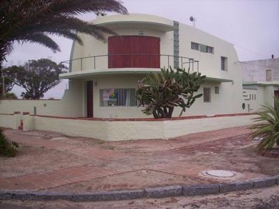 Casa Muy Amplia Y Confortable