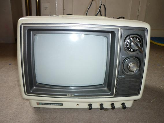 Televisão 10 Semp Colorida Funcionando.