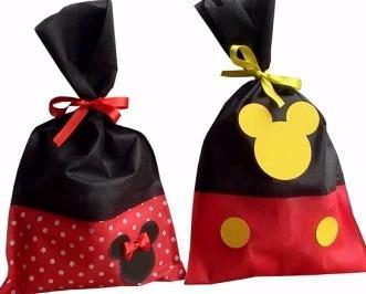8568eb088 Bolsitas Cumpleaños Personajes Tela Minnie Mickey Sofia - $ 25,00 en  Mercado Libre