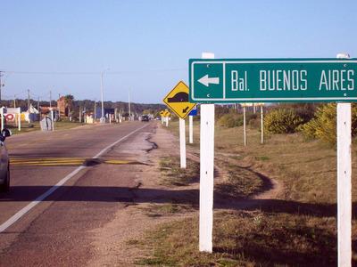 A La Venta Terreno De 450 M2 En Balneario Buenos Aires.