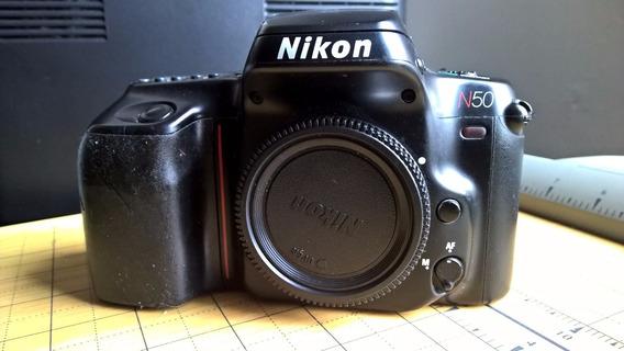 Câmera Nikon N50 Funcionando