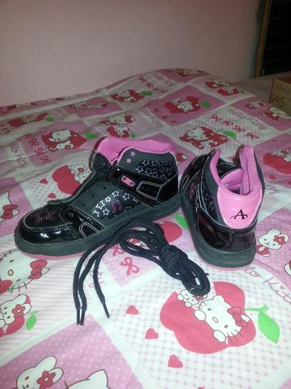 Zapatillas Addnice Negras De Violeta. Nena. N° 33