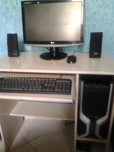 Imagem 1 de 2 de Computador,2gb Memória, Hd160, Monitor LG Wi Fi,17 , Cd Rom.