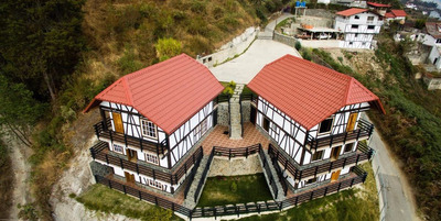 Venta 2 Edificios Tipo Cabañas En La Colonia Tovar
