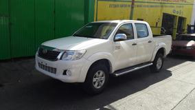 Toyota Hilux Lujo 2013