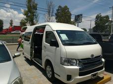 Renta Camioneta Toyota Hiace 2017, 15 Pasajeros