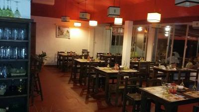 Venta De Propiedad, Ambientado A Restaurante !! U$s 135000