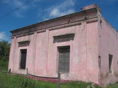 Casa Antigua Y Salon Monoambiente,con Baño.chacrita.