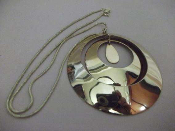 B. Antigo- Colar Com Corrente Em Metal Dourado Banho De Ouro