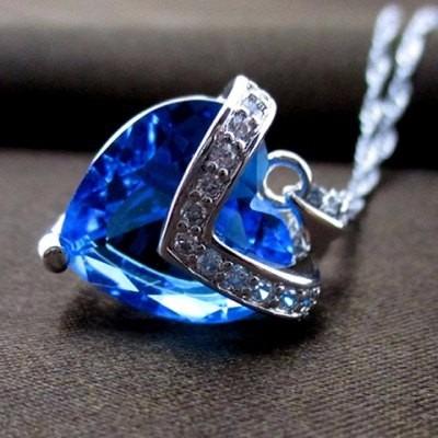 Colar Coração Crystal De Zirconia Azul Banhado A Pr