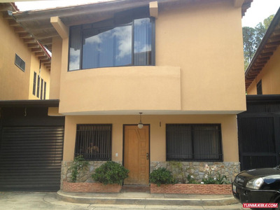 Best House Vende Exclusivo Townhouse Corralito Carrizal
