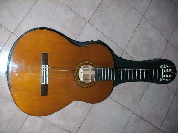 Guitarra Criolla Yamaha G 235 - Permuto Audio Estudio