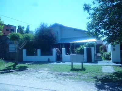 Casa En Rafael Calzada