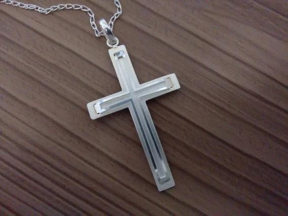 Crucifixo Com Corrente Estilizado Em Prata