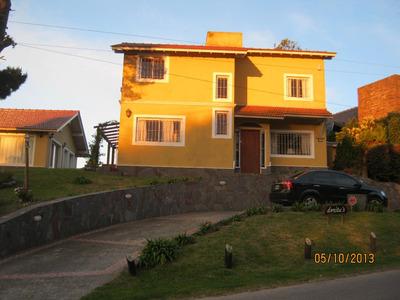 Dueño Vende Casa 4 Dormt, Quincho, Parrilla, Z. Iglesia