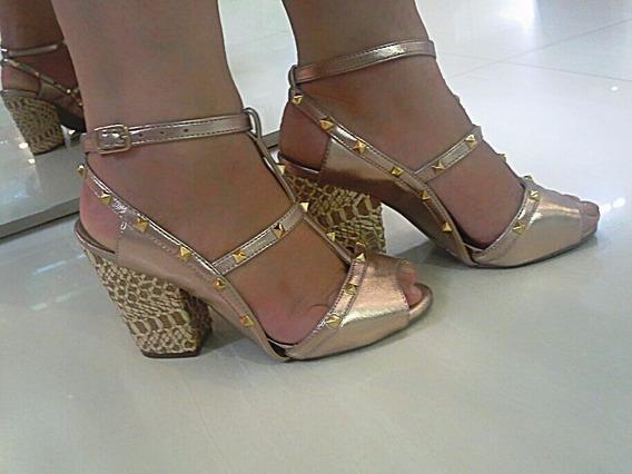 Sandalia Com Spak Em Couro Sapatos