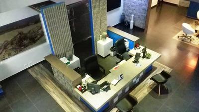 Local De Oficina 1er Nivel 315m2 En Evaristo Morales