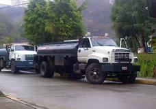 Servicio De Agua Camión Cisterna