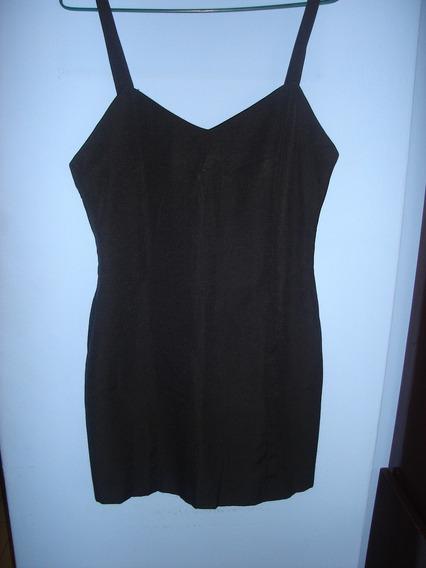 Vestido Corto Con Breteles Color Negro
