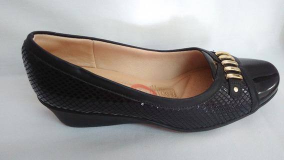 Sapato Piccadilly Anabelinha Preto Verniz P/joanete 4,0 Cm.