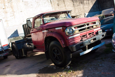 Vendo Camión Dodge 1000 Tractor