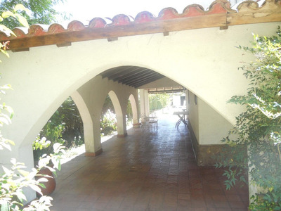 Hermosa Quinta Colonial (fines Turisticos)