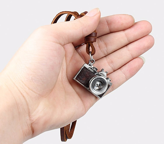 Colar Câmera Fotográfica - Couro