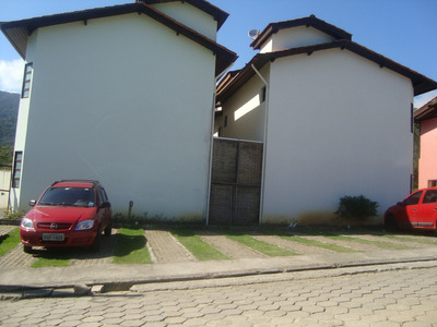Chale Em Alvenaria Ilhabela , Condominio Horizontal