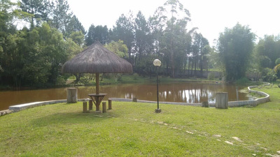 Ibiuna Com Belo Lago