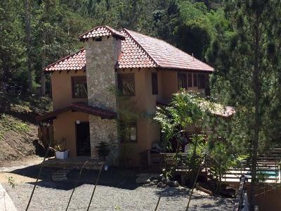 Villa Con Picuzzi En Jarabacoa, Epkasa (rmv-114b)