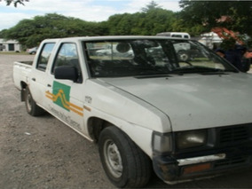 Pick Up Nissan Pick-up Doble Cabina,1998 En Cordoba