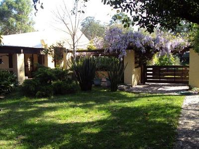 Casa En Balneario Las Flores, A Pasos Playa, Con Piscina
