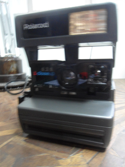 Máquina Polaroid 636 Closeup