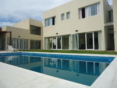 Casa 5 Dorm Y Dep 12 Pers Pileta Vista Al Mar,golf.tenis Seg