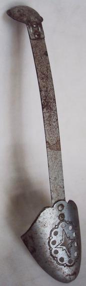Fôrma Ou Modelador De Sapato Antigo Metal Flexível Decorado