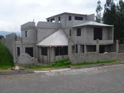 Se Vende Casa En El Valle De Los Chillos Espe -quito-